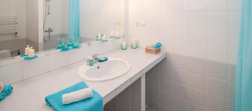 Consejos para organizar un baño pequeño en tu hogar - Olimpia